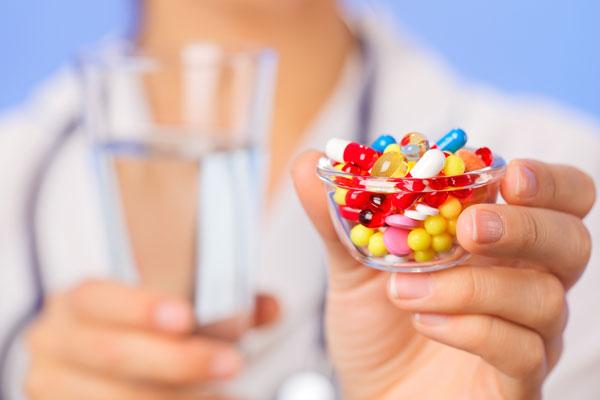 Лечение препаратами может назначить только врач