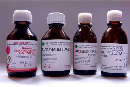Лечение при беременности будет основываться на приеме седативных препаратов содержащих в своем составе натуральные компоненты