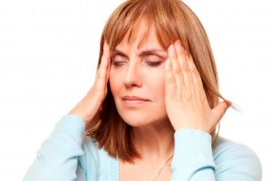 Недуг может выражаться в постоянной головной боли
