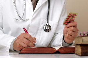 Назначить курс лечения может только врач