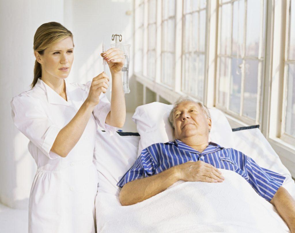 Пациента в обязательном порядке госпитализируют в блок интенсивной кардиологической терапии для лечения