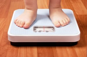 Лишний вес зачастую приводит к появлению проблем с организмом