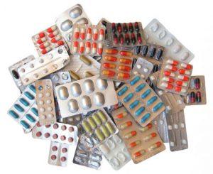 Применяется медикаментозное лечение недуга